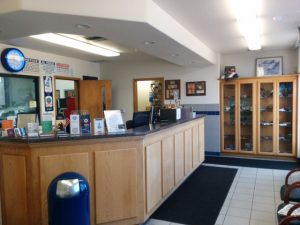 photo of silverstar motors front desk